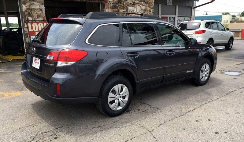 2011 Subaru Outback full